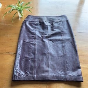 🤎 Danier leather plum pencil skirt sz 4.